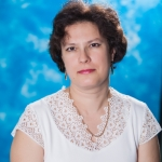 Зарубина Ирина Александровна, заведующая фортепианным отделом